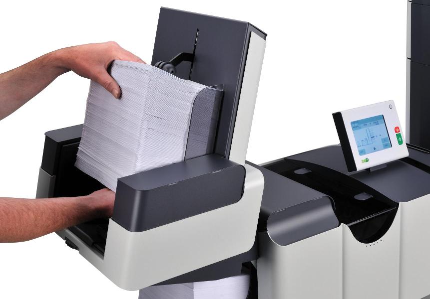 Briefe Falzen Und Kuvertieren Maschine : Die kuvertiermaschine fpi von francotyp postalia