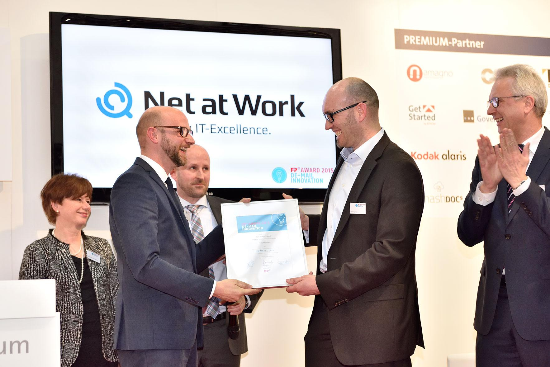 fb-award-netatwork