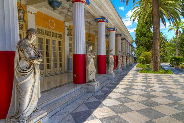 Das Sissi-Schloss Achilleion auf Korfu, Griechenland