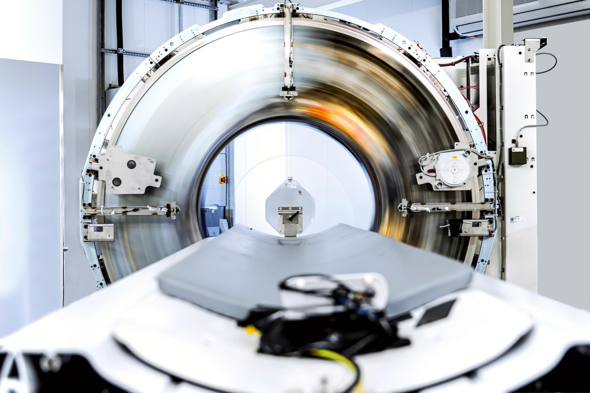 Siemens Healthineers annonce l'autorisation 510(k) de la FDA pour Naeotom Alpha, le premier photon-counting au monde.