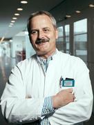 Mobile C-Arm system – Cios Alpha – Prof. Dr. med. Florian Gebhard