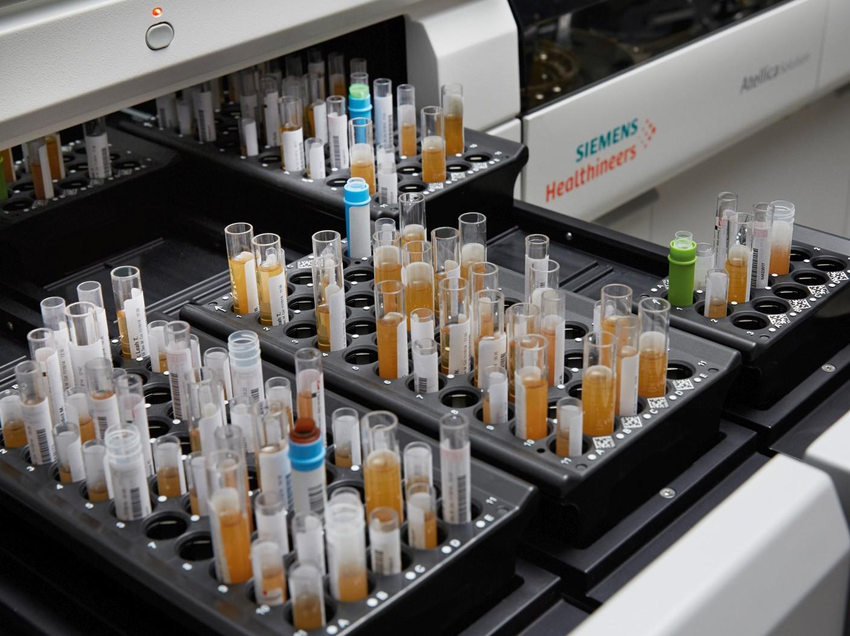 Star-shl bouwt met Siemens Healthineers innovatieve labstraat voor snelle en accurate diagnoses.
