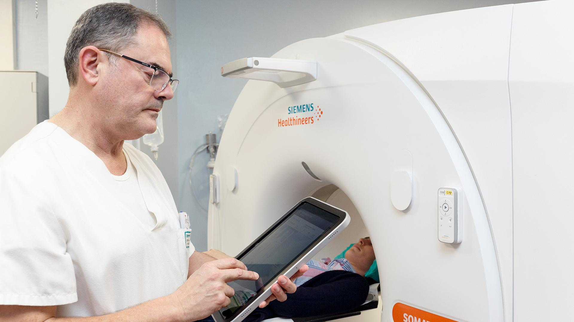 By using a tablet the radiographer can stay longer with his patients.