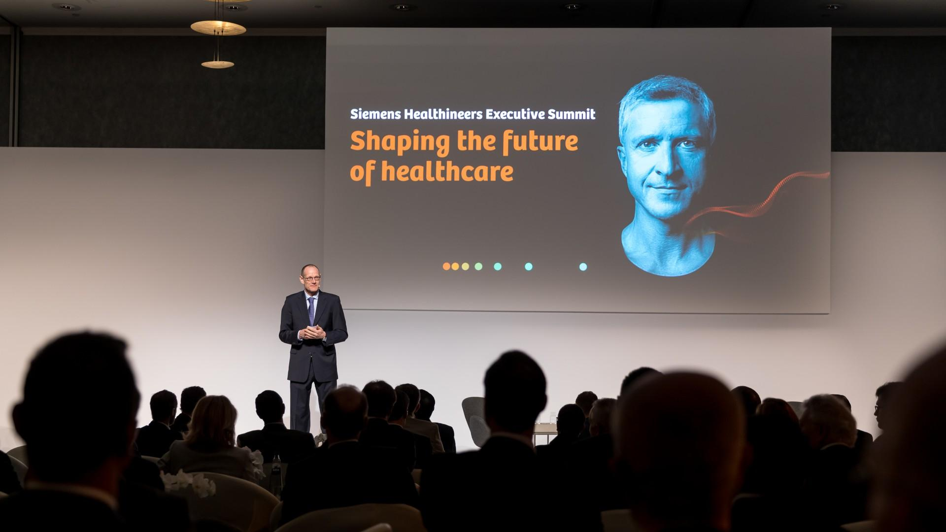 Bernd Montag, CEO of Siemens Healthineers, giving the opening remarks at the Executive Summit 2019.