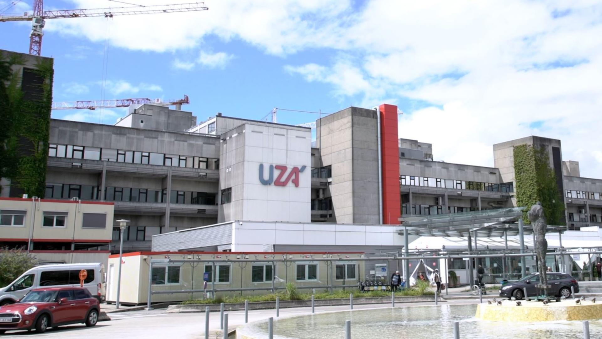 l'hôpital UZA