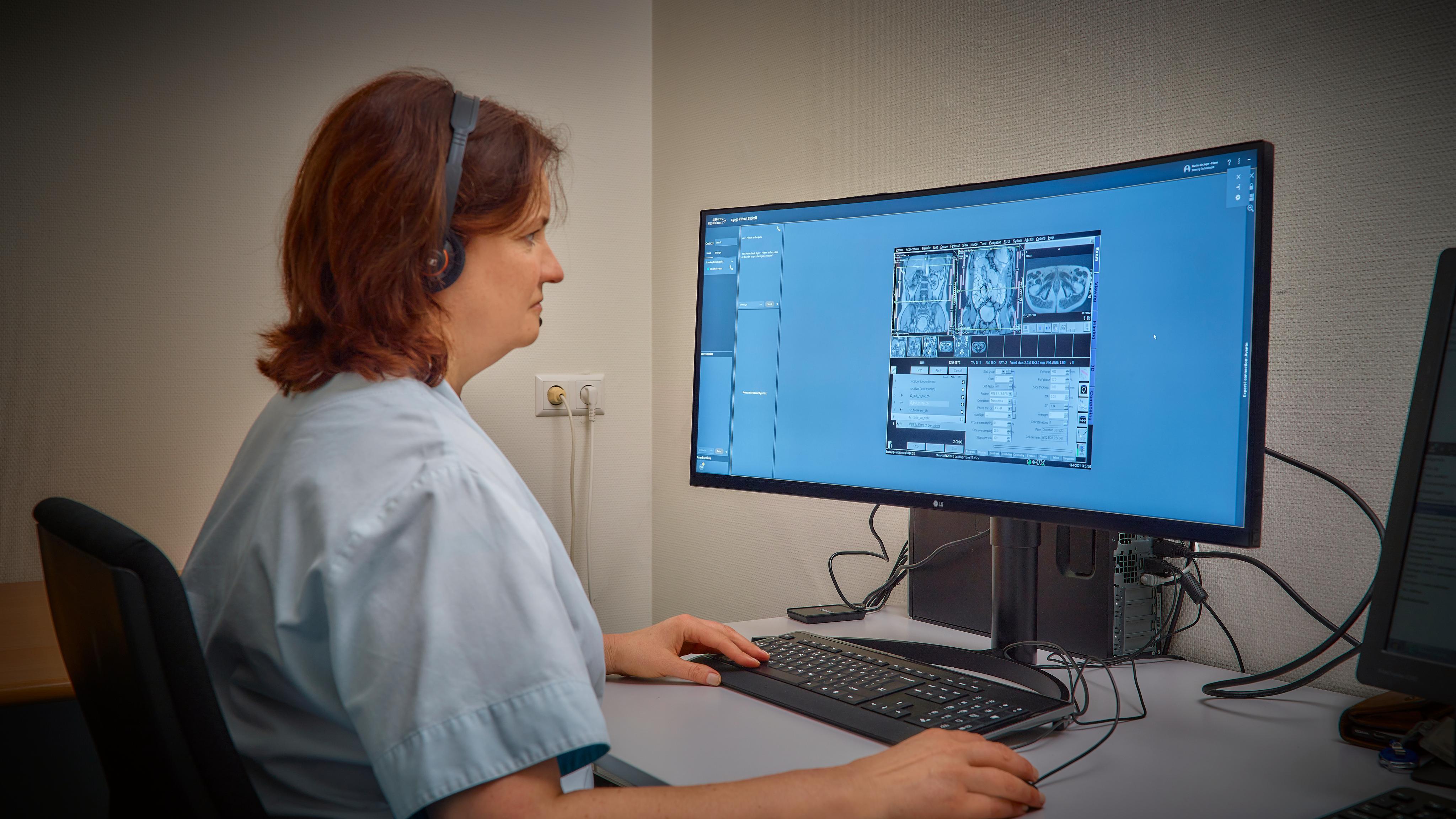 Marika de Jager, senior MRI-laborant