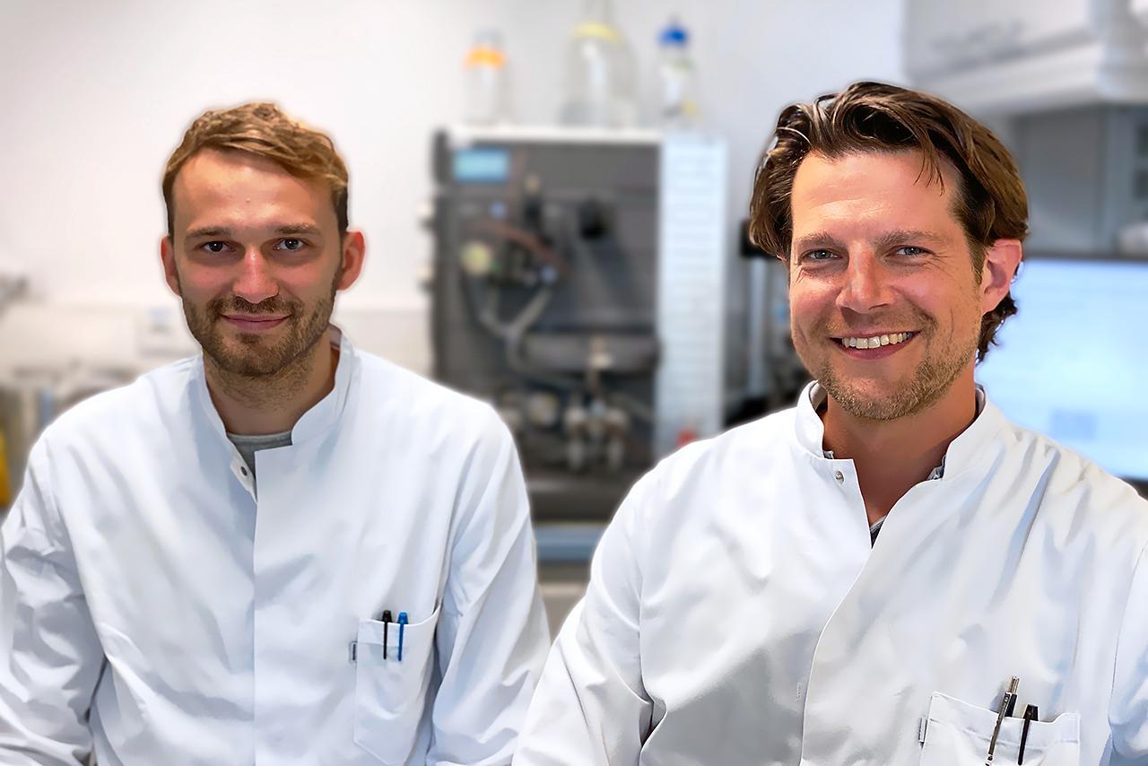 vlnr.: Daniel Böhmer und Dr. Lars König von der Klinischen Pharmakologie