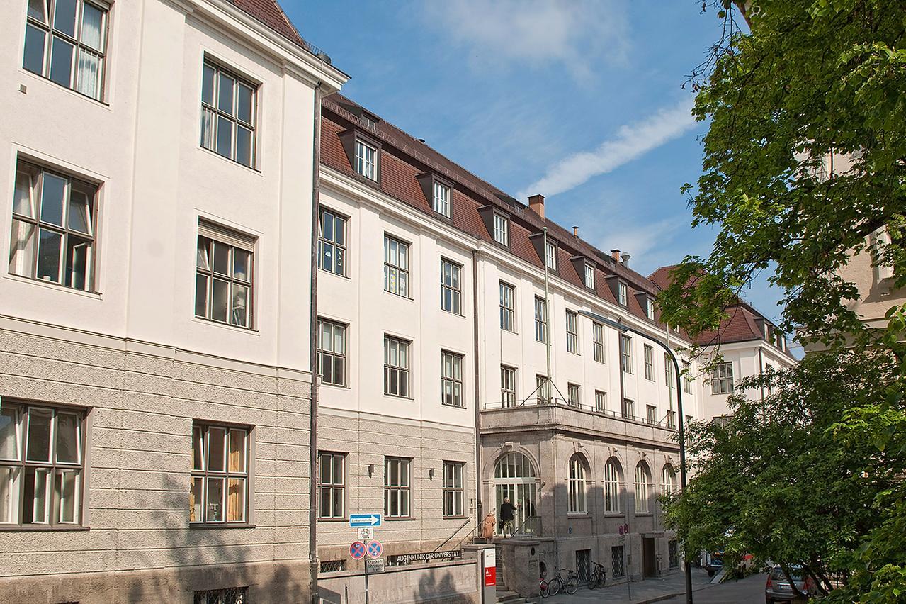 Das Gebäude der Augenklinik und Poliklinik am LMU Klinikum München in der Mathildenstraße 8