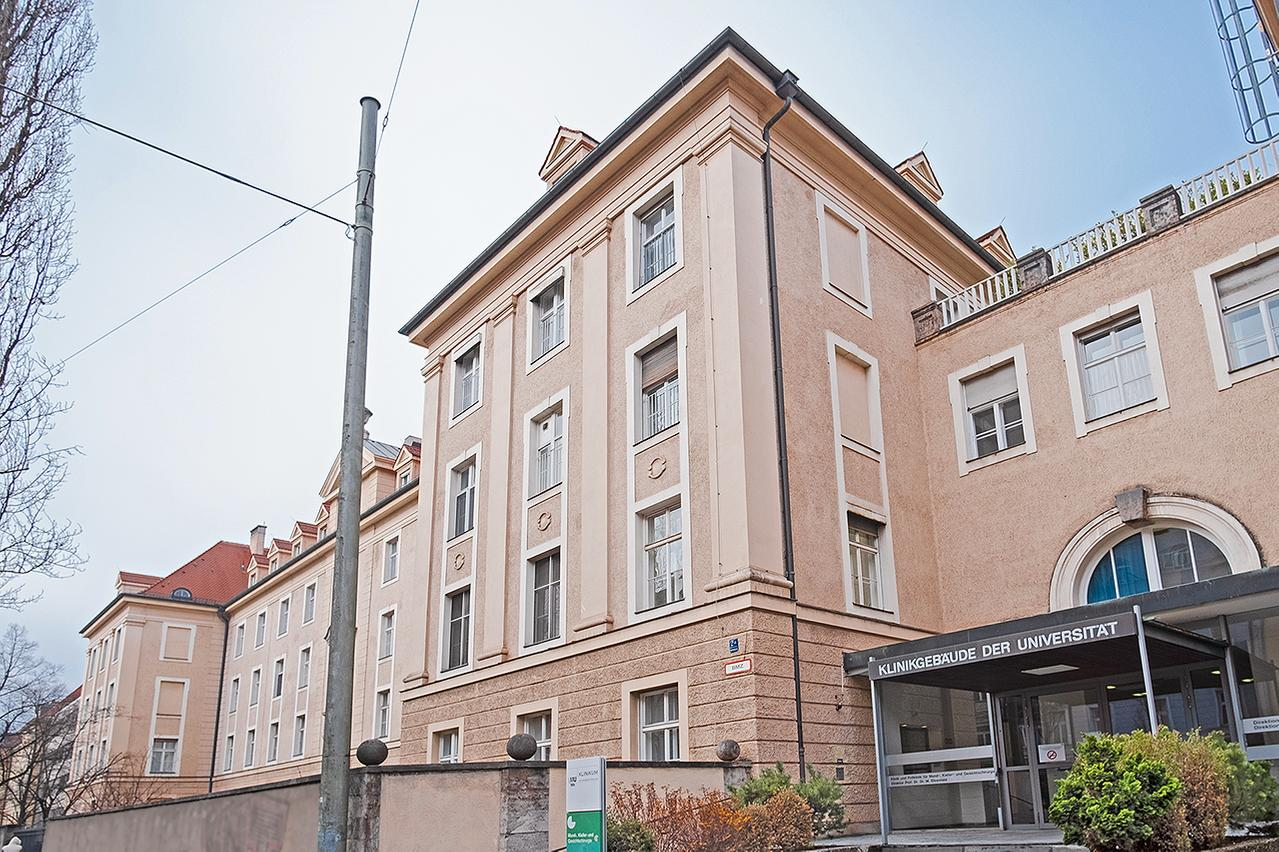 LMU Klinikum München: Im Cebäude an der Lindwurmastraße 2a fefindet sich die Klinik und Poliklinik für Mund-, Kiefer- und Gesichtschirugie.