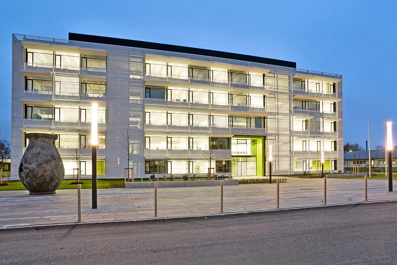 LMU Klinikum: Das Gebäude des Centrums für Schlaganfall- und Demenzforschung (CSD) am Campus Großhadern
