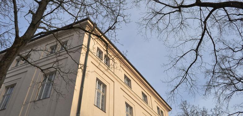 Psychiatrie Ecke Nußbaumstraße