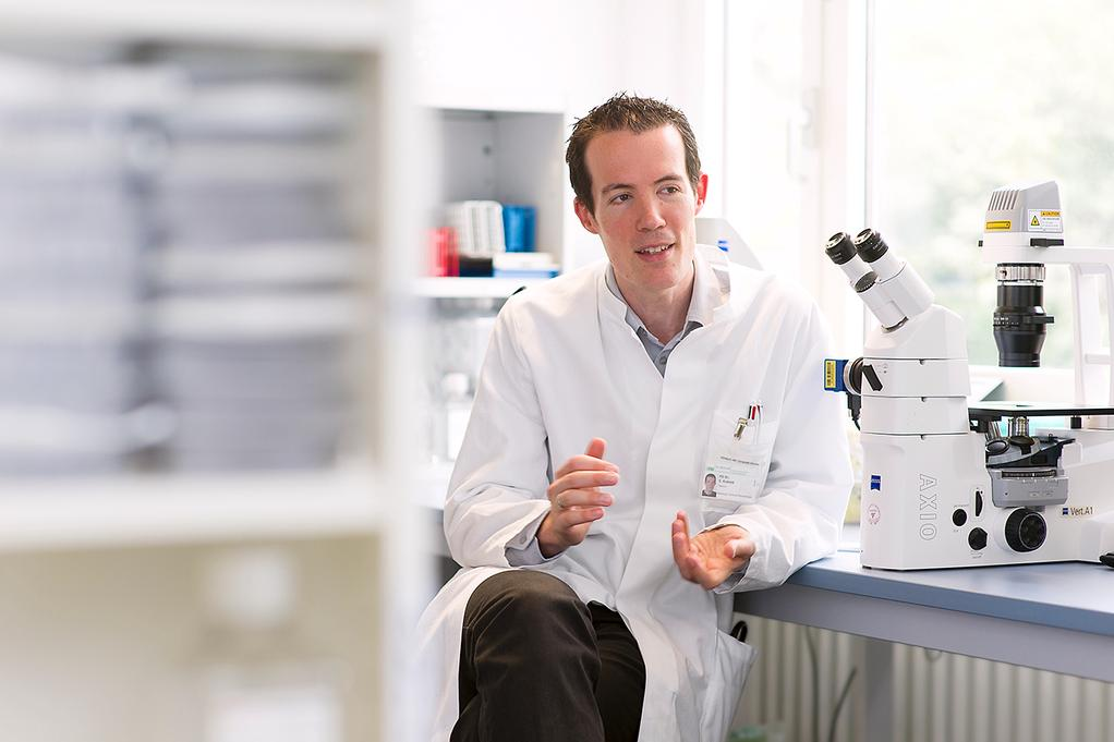 LMU Klinikum München, Institut für Klinische Pharmakologie, Prof. Dr. Sebastian Kobold forscht an CAR-T-Zellen zur Krebstherapie