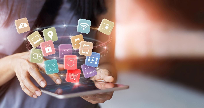 Apps schwirren über ein Tablet