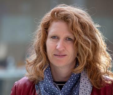 Prof. Dr. Bettina Merlin