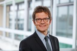 Prof. Dr. Roland Pfennig