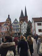 Altstadt mit Studentengruppe