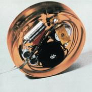 Experimental model of the first fully implantable cardiac pacemaker, 1958