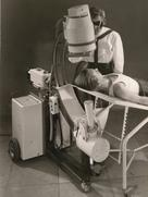 The first image-intensifier fluoroscopy system from Siemens, 1957