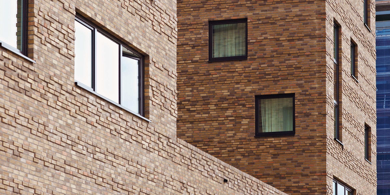 Referenz nhow Hotel Berlin | Klinker-Fassade vom Hotel