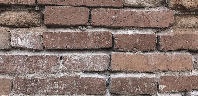 Porphyrfür die Natursteinmauer