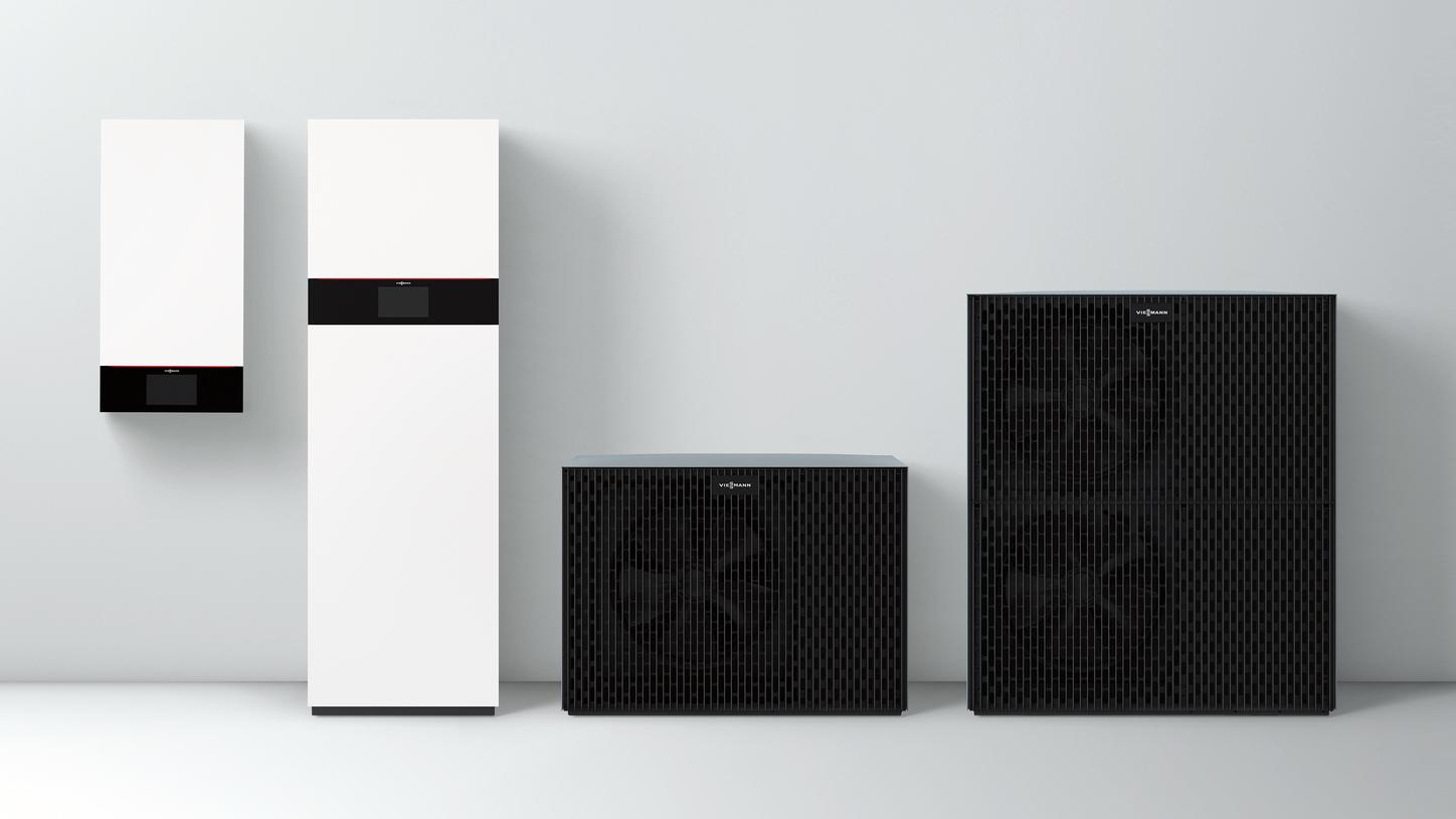 The image shows the new air-to-water heat pumps in monobloc and split design.