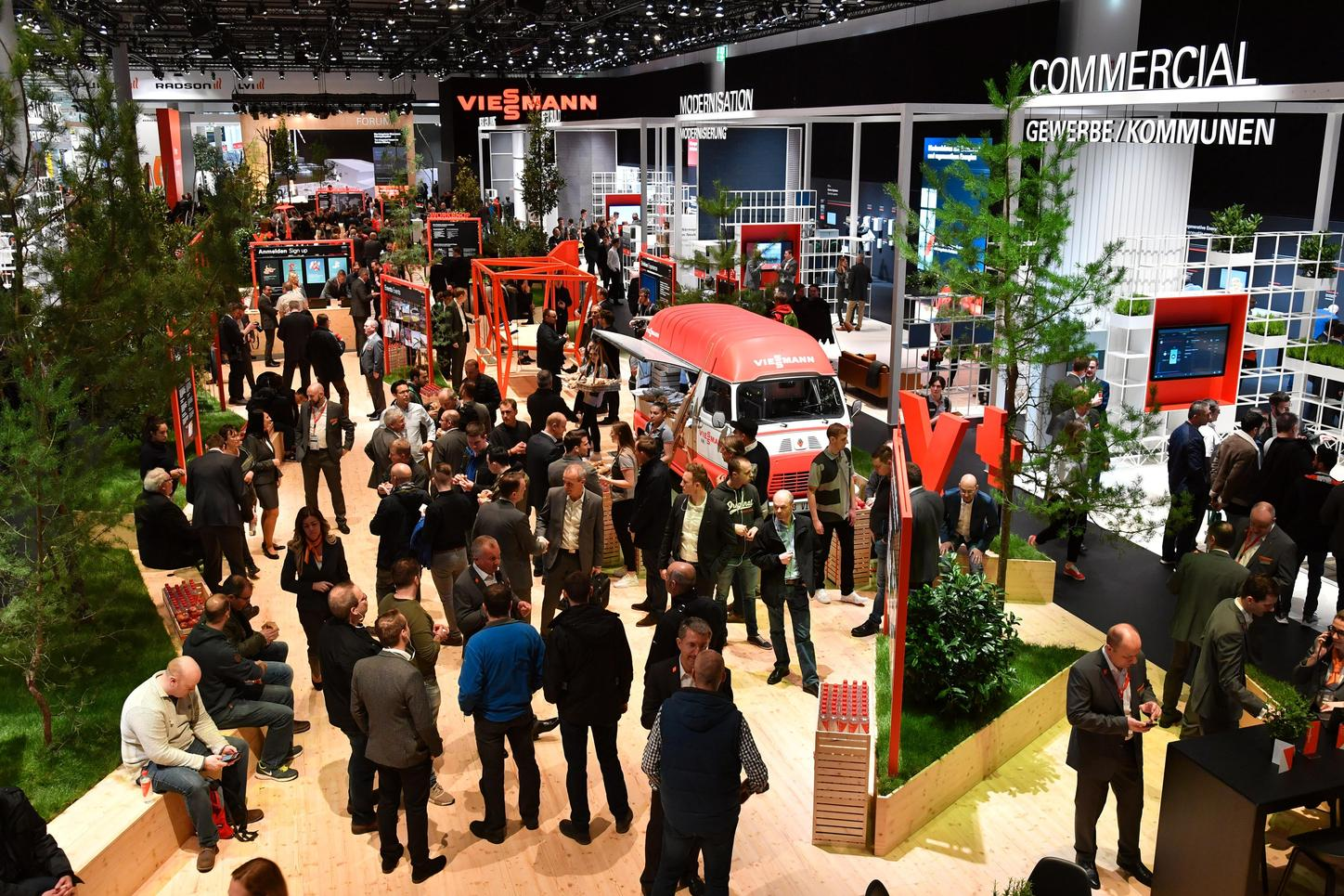 The image shows the Viessmann stand at the ISH 2019.