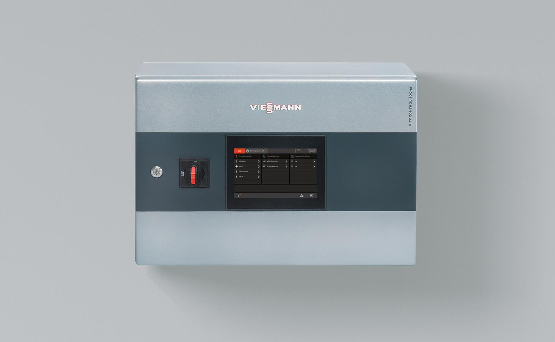 The image shows the modular Viessmann Vitocontrol 100-M system control unit.