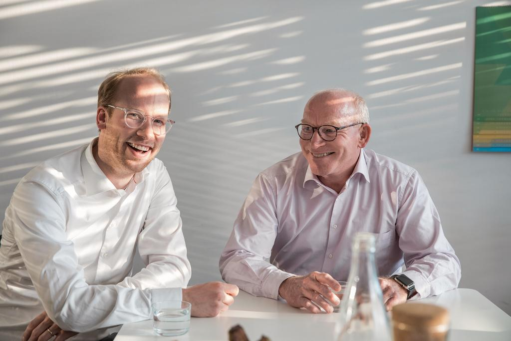 The picture shows Prof. Dr. Martin Viessmann and Maximilian Viessmann