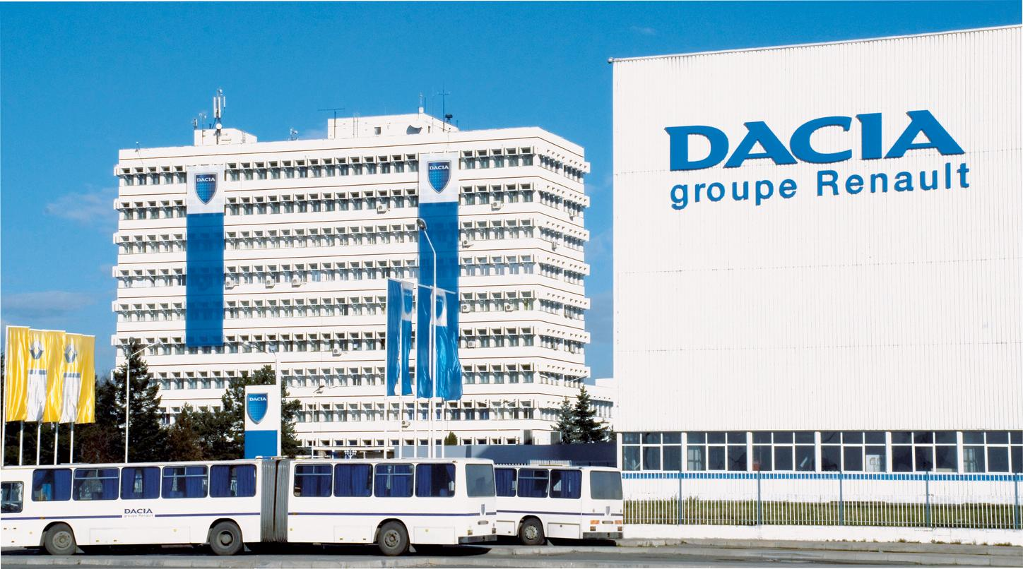The image shows the Dacia plant.