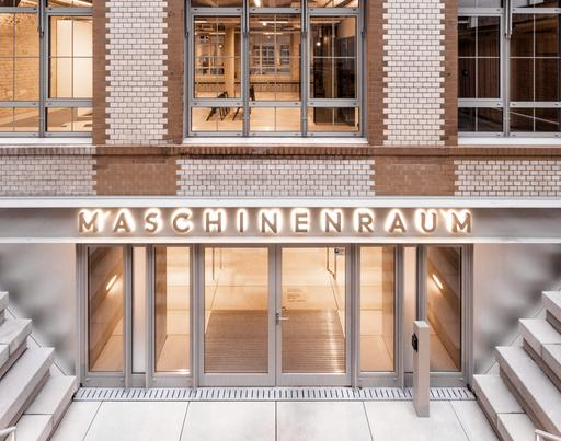 The image shows the building of the Maschinenraum in Berlin