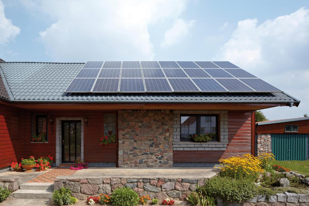 Picture shows house with Vitovolt 300 photovoltaic modules.