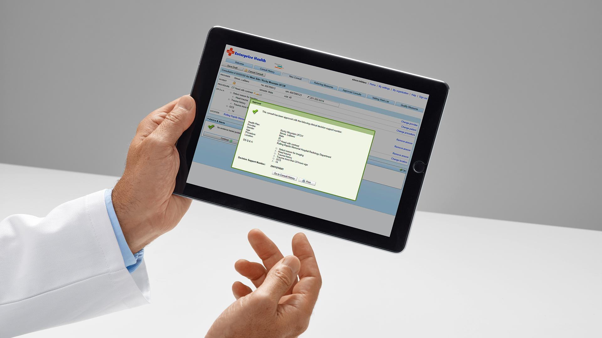 Easy online access to clinical decision support