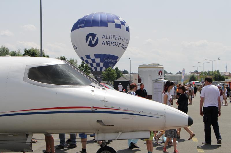 Großes Flughafenfest mit Attraktionenfür die ganze Familie