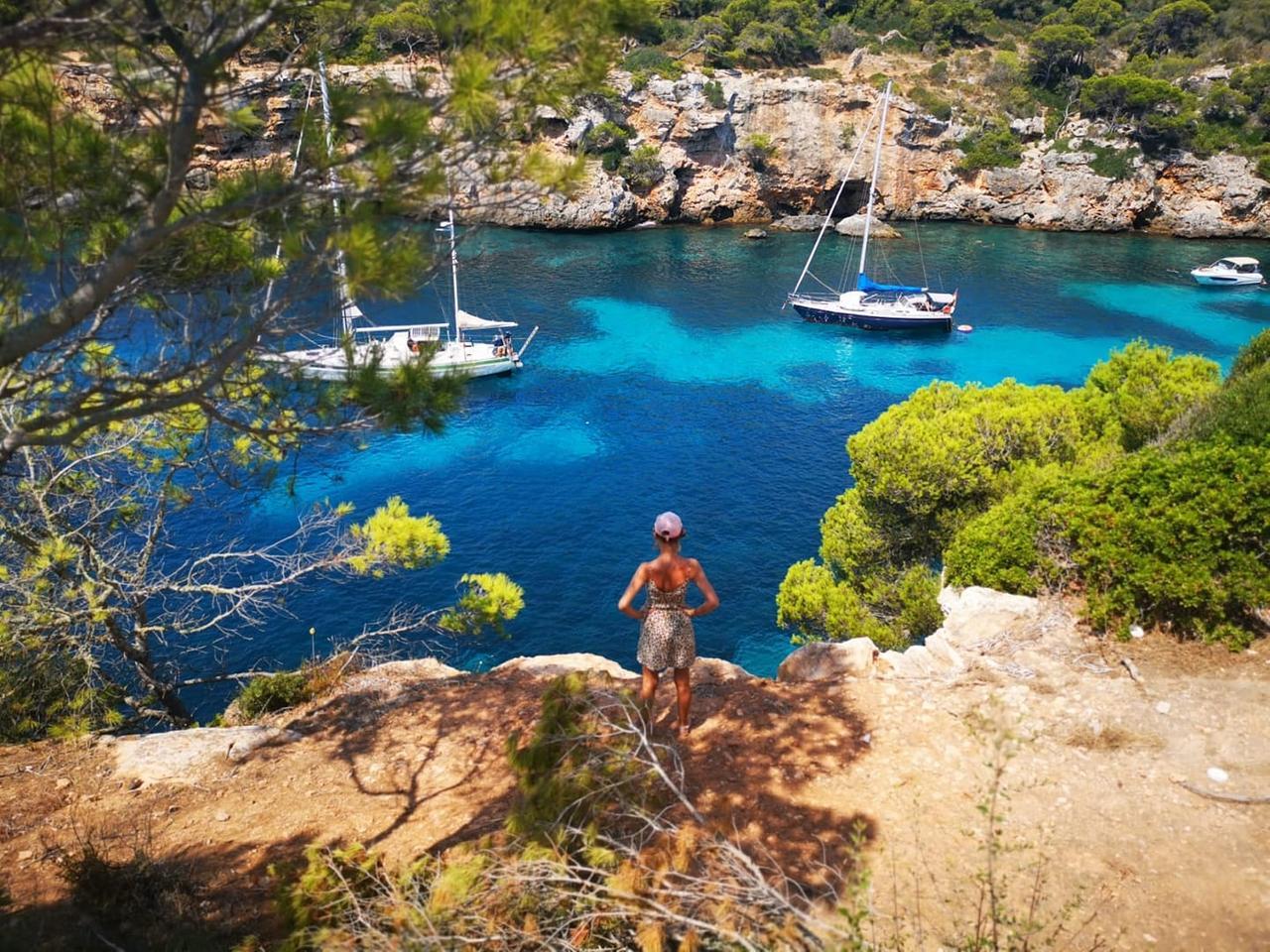 Und auch Sabrina machte Urlaub auf Mallorca.
