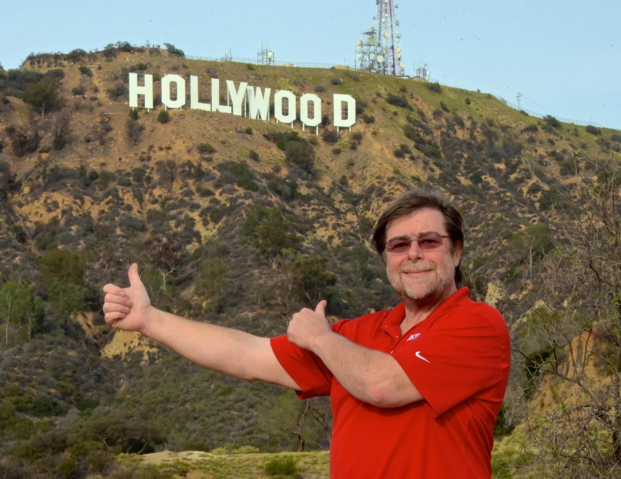Wolfgang Gößwein vor dem berühmten Hollywood-Sign.