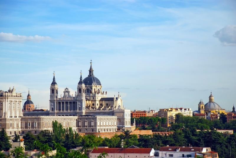 Madrid almudena kathedrale