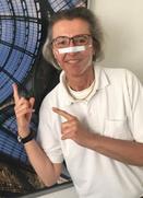 Prof. Lesinski-Schiedat mit Behelfsmaske