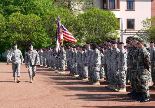 Inspektion der US-Truppen bei der Verabschiedung CAmpbell
