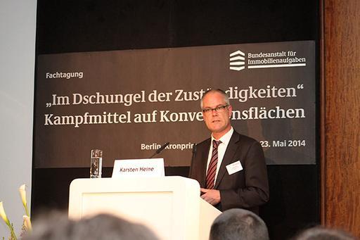 Karsten Heine von der Leitstelle des Bundes für Kampfmittelräumung der Oberfinanzdirektion Niedersachsen