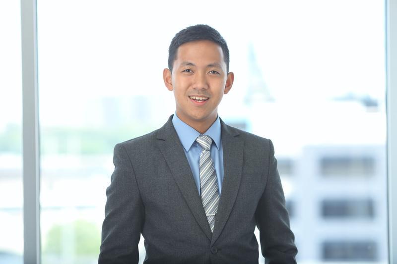 Jonathan San Juan Prodigy Finance scholarship awardee