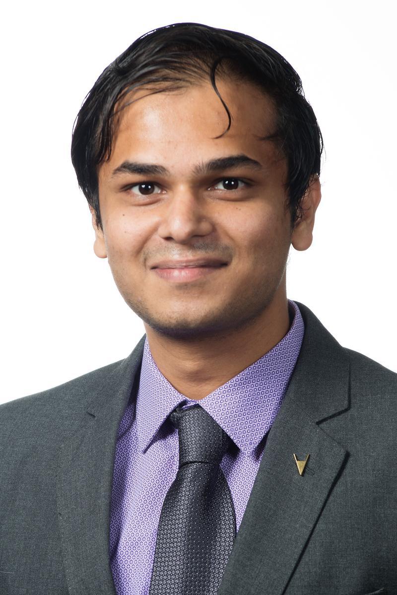 Varun Sreenivas Prodigy Finance scholarship awardee