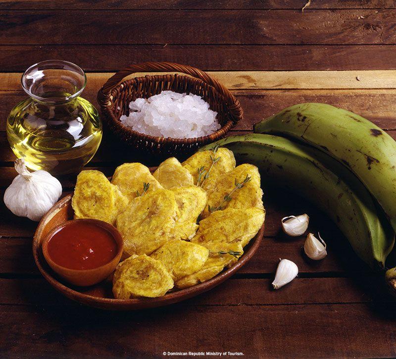 dominikanische republik tostones berge und meer