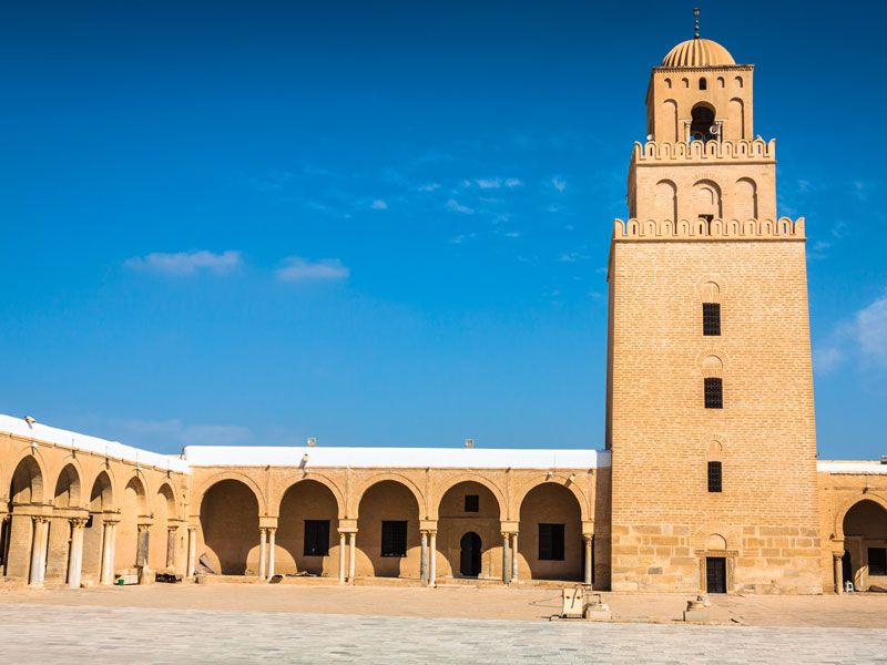 tunesien kairouan berge und meer