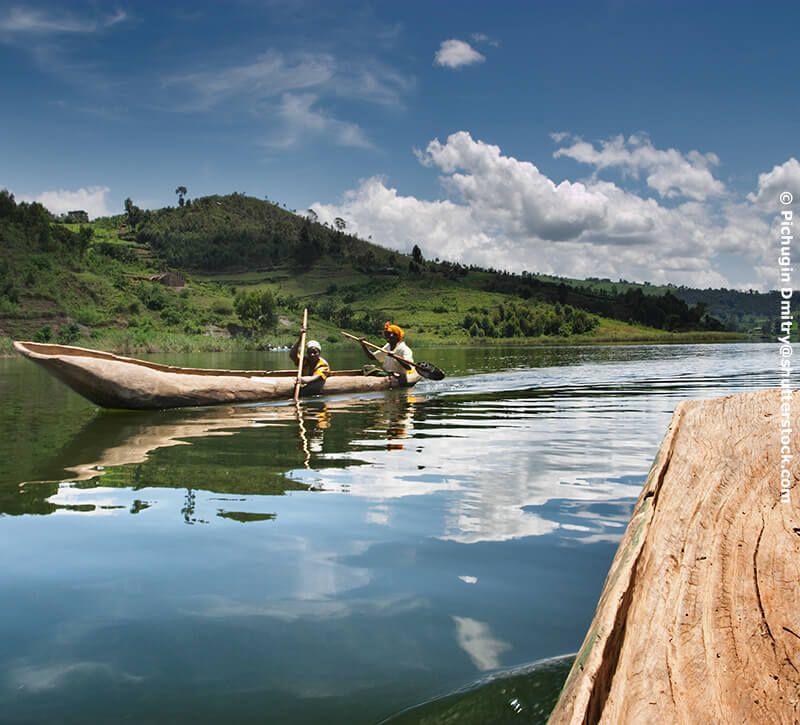 uganda kultur berge und meer
