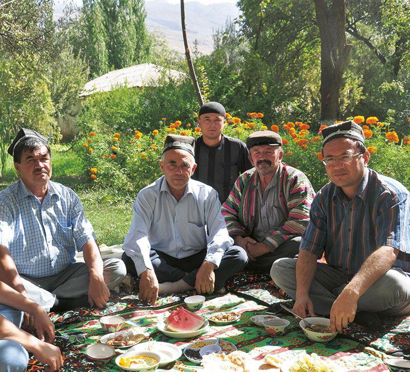 usbekistan religion berge und meer