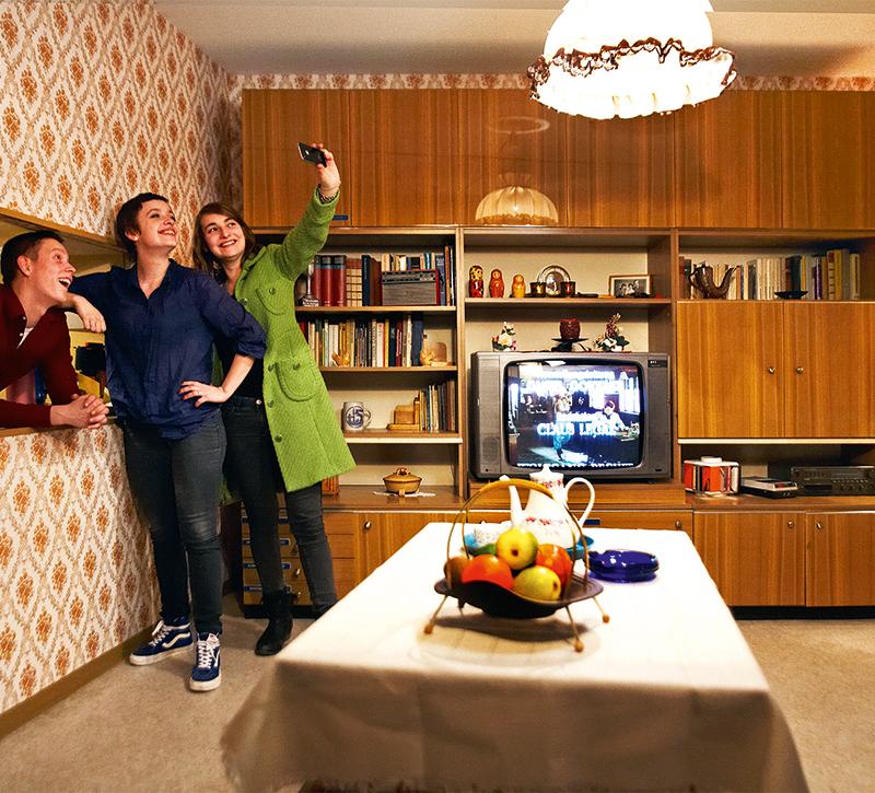 Fantastisch Schrankwand Karat Fotos - Wohnzimmer Dekoration Ideen ...