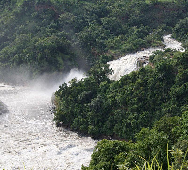 tansania viktoriasee berge und meer