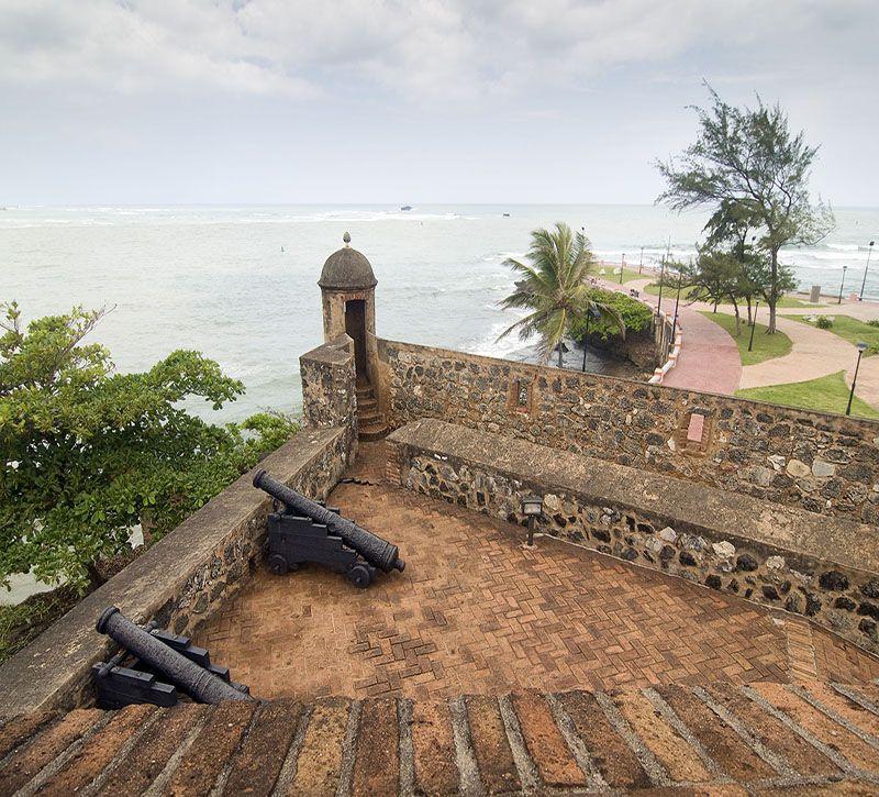 dominikanische republik  berge und meer