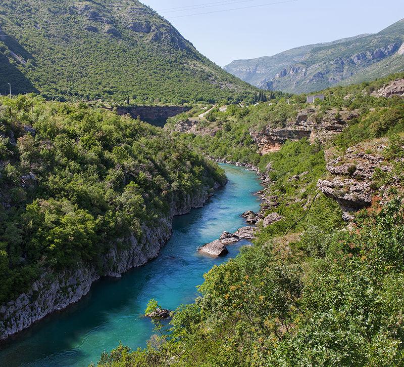 Montenegro Tara Schlucht Landschaft  berge und meer