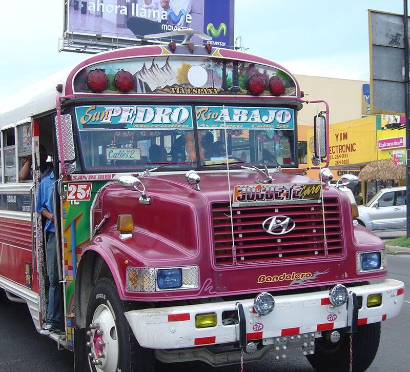 panama bus berge und meer